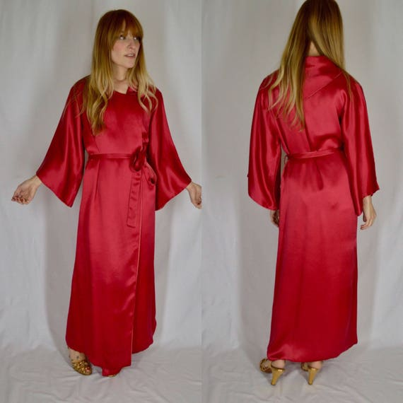 1940s Fuchsia Pink Silk Dressing Gown Robe