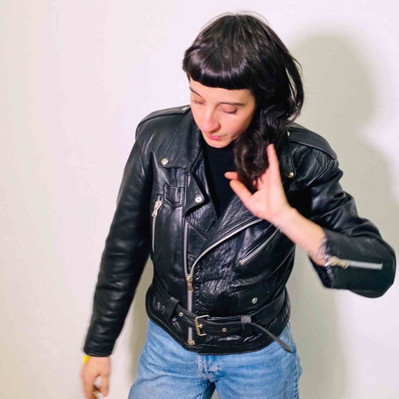 Vintage cropped  biker leather jacket