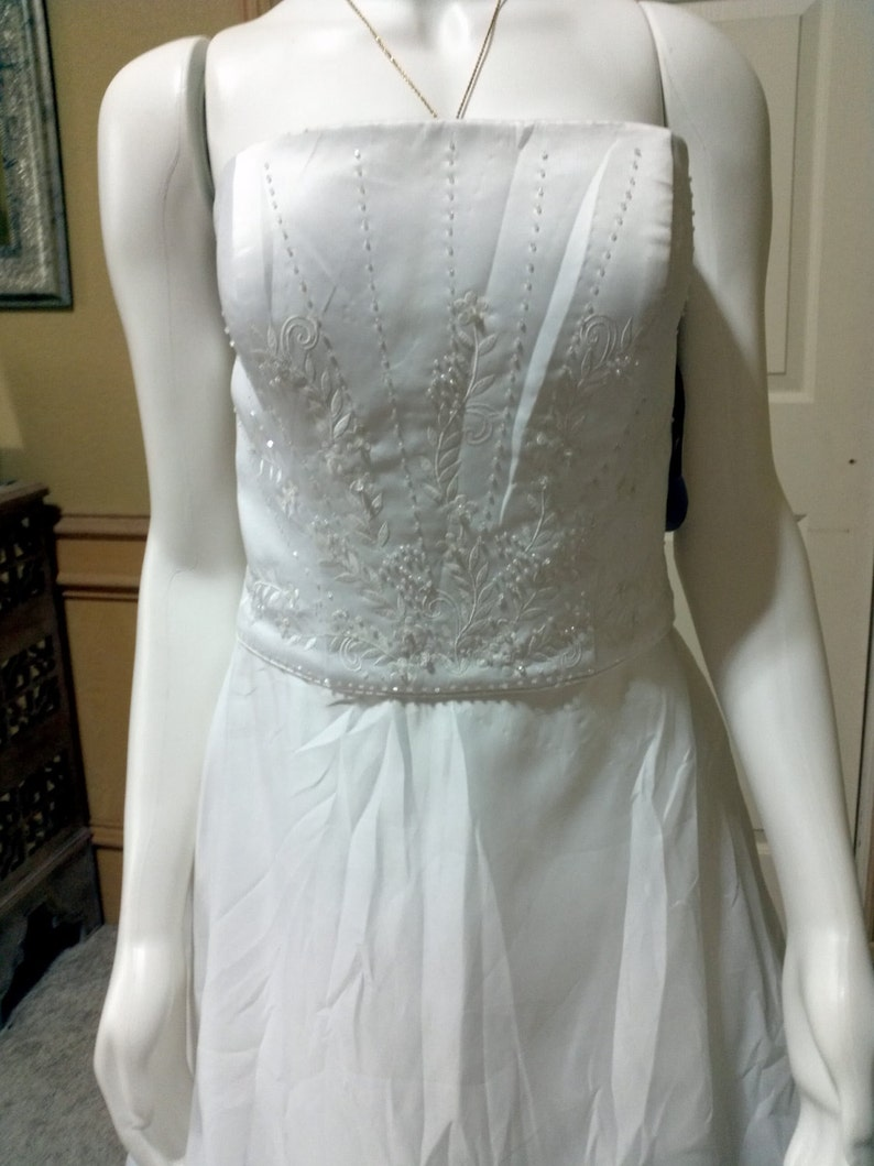 988250bf4a22 Gorgeous Oleg Cassini Vintage Wedding Gown/ Timeless Classic | Etsy