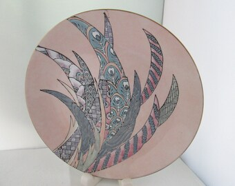 Vintage Large Pink Plate with Abstract Design Leaves 80s Decorative Plate Japanese porcelain Made in Japan plate 80s Decor 80s design plate