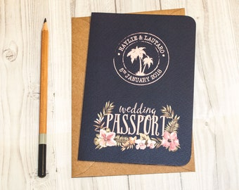 Stichprobe Von Tropischen Reise Hochzeitseinladung Marine, Palmen, Muscheln,  Tropischen Blumen, Rosa, Einladung, Einladung Pass Karte