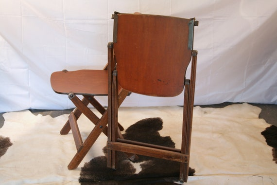 Terrific Vintage Military Folding Chairs Wwii U S Army 1940S American Seating Co Grand Rapids Inzonedesignstudio Interior Chair Design Inzonedesignstudiocom
