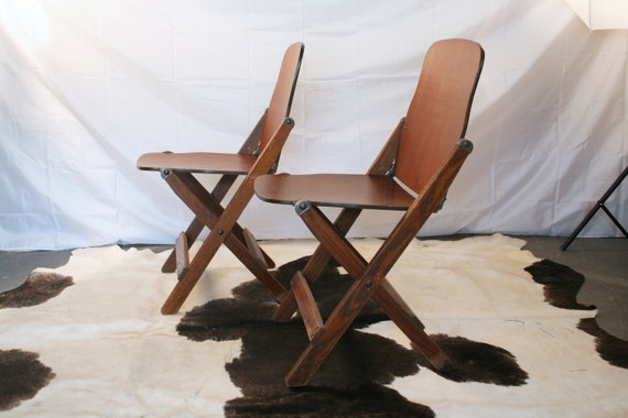 Wondrous Vintage Military Folding Chairs Wwii U S Army 1940S American Seating Co Grand Rapids Inzonedesignstudio Interior Chair Design Inzonedesignstudiocom