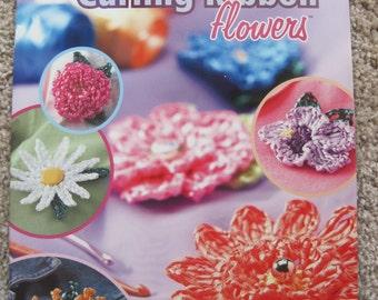 Crochet Pattern Book - Annie's Attic #875526 - Fast & Fanciful Curling Ribbon Flowers
