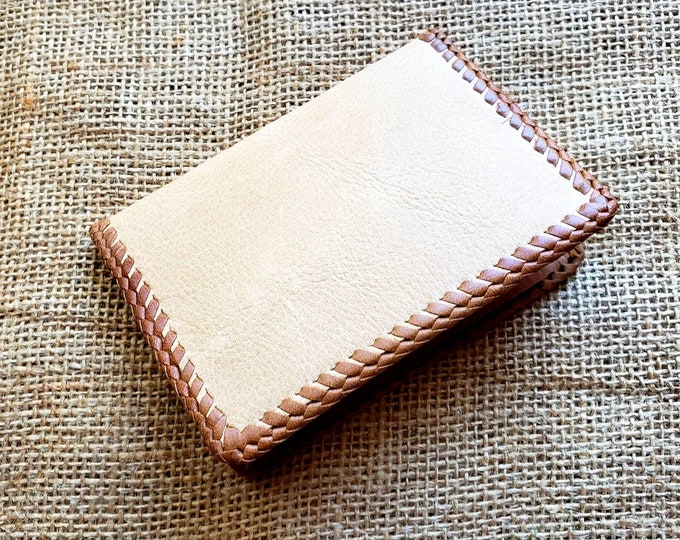 Wallet / Leather Wallet / Leather Men's Wallet/ Father's Day Gift/ Minimalist Leather Wallet in Cream and Tan