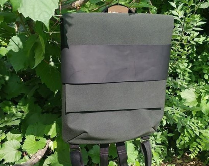 Backpack with flap leather urban waterproof canvas adjustable with back pockets