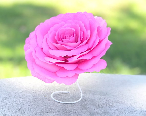 Paper ruffle roses - Customizable colors