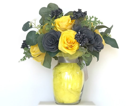 A Dozen Roses - Get Well Soon Floral Gift Bouquet - Anniversary flowers