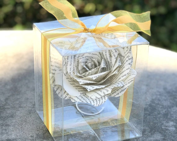 Book Page Paper Gift Rose - Graduation gift