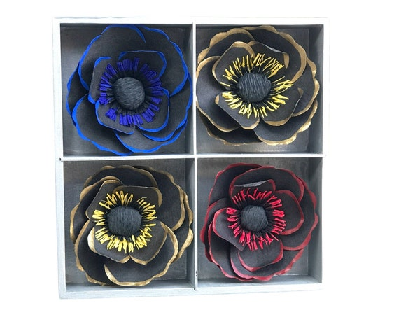 3D Floral wall or desk decor - Red-blue-gold - Customizable colors