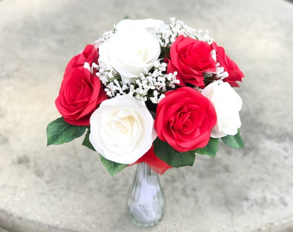 Red and White Rose Bouquet - Anniversary Gift - Gift bouquet