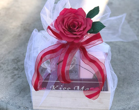 Book Page Paper Rose and Candy Gift Box - Gift for Her