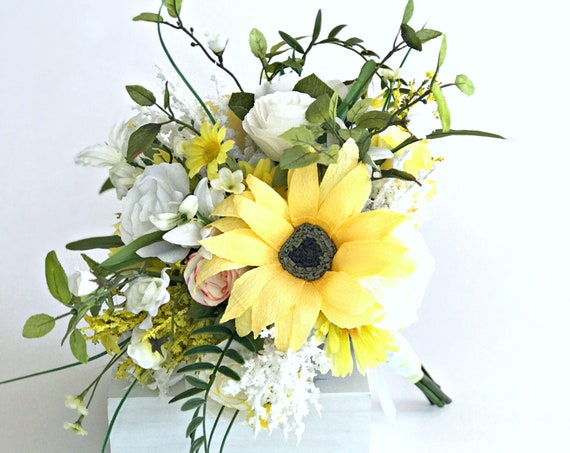 Sunflower yellow and white bridal bouquet