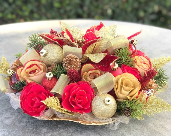 Red and Gold Christmas Centertpiece
