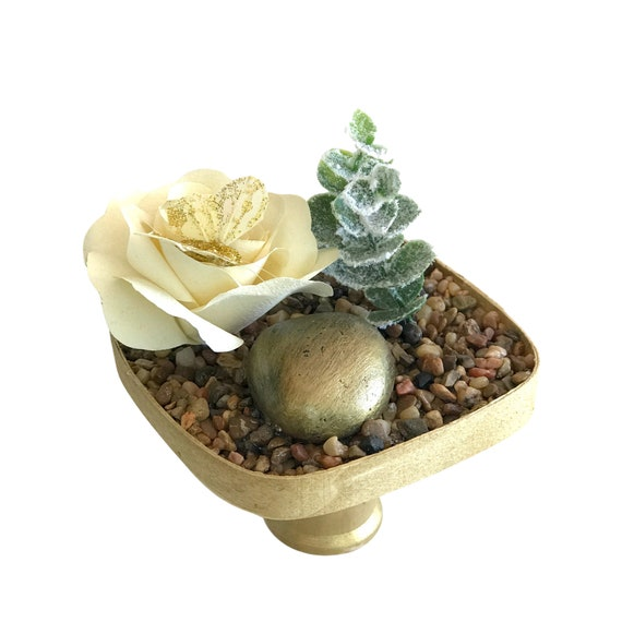 Terrarium - Gold Tabletop garden - Desktop rock garden
