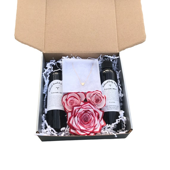 Flower, lotion and necklace gift box