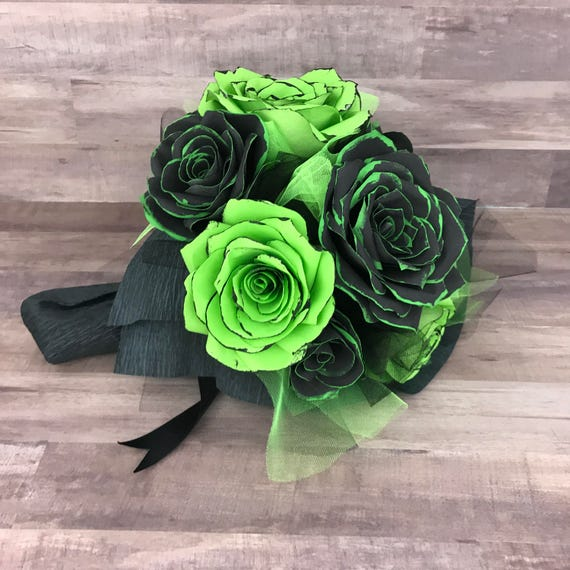 Gift bouquet, Valentine bouquet, Non traditional valentines flowers, Paper flower bouquet, First anniversary bouquet, Graduation bouquet