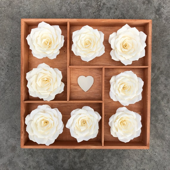 Paper flower 3D wall decor - Colors are customizable