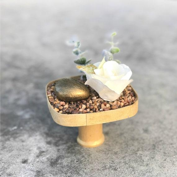 Terrarium - Gold Tabletop garden - Desktop rock garden
