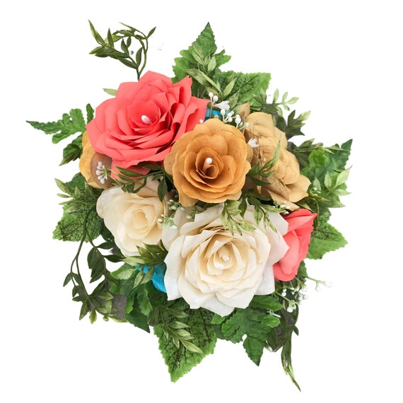 Centerpiece in Handcrafted Paper Flowers - Flower table decor - Customizable colors