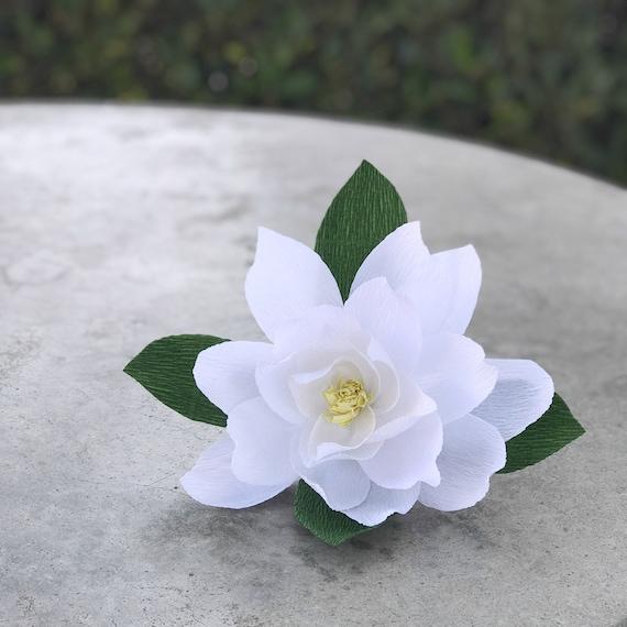 Magnolia - Crepe paper Magnolia - Paper Magnolia - Crepe paper flower - Choose from 3 sizes - Paper flower - Wedding decor - Nursery decor