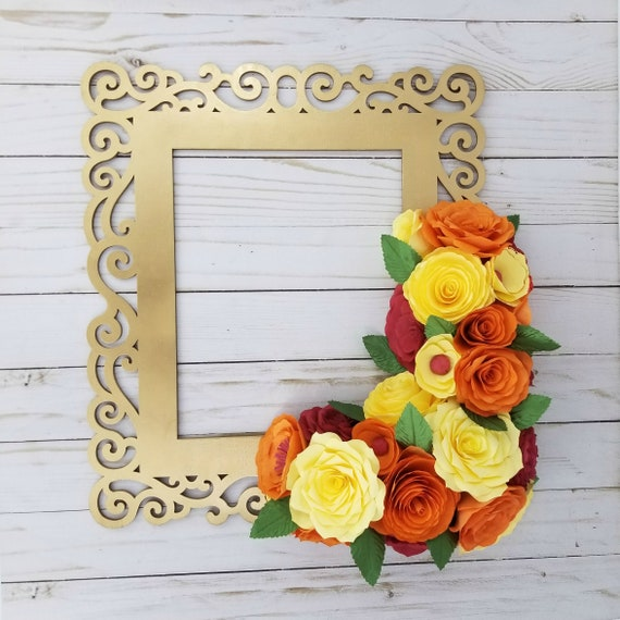 Orange and yellow paper floral frame - Customizable colors