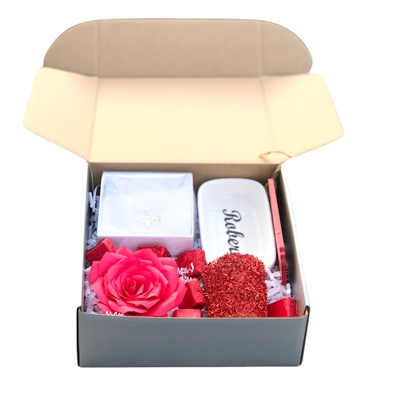 Christmas Gift box - Red rose personalized gift