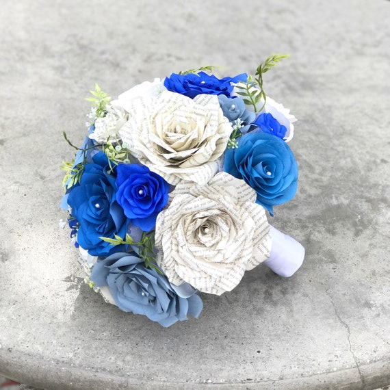 Bridal bouquet in shades of blue - Customizable colors - Micro wedding