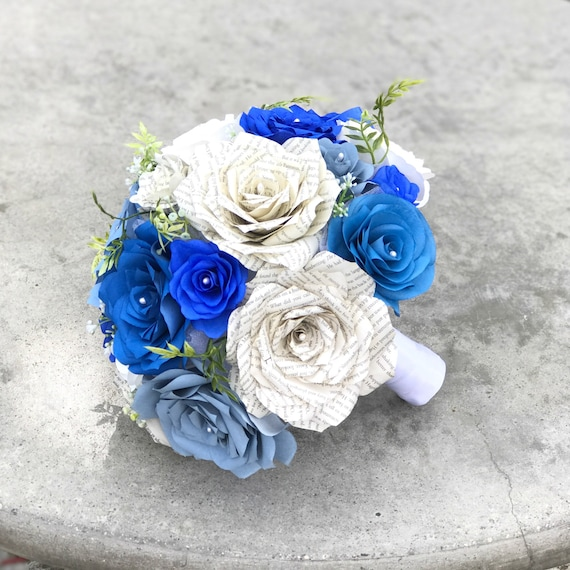 Bridal bouquet in shades of blue - Customizable colors