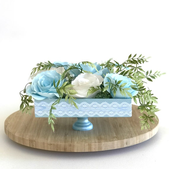Centerpiece using paper roses - Wedding table decor - Flower arrangement - Colors are customizable
