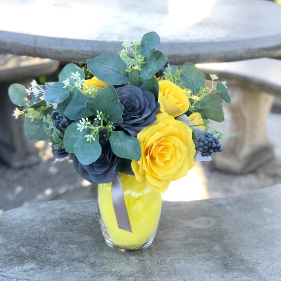Paper Rose Gift Bouquet - A Dozen Roses - Yellow and gray floral arrangement