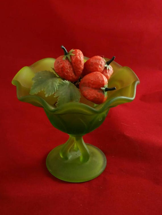 """Westmoreland Glass Frosted Votive Strawberry Candle Holder Bowl 4/"""""""