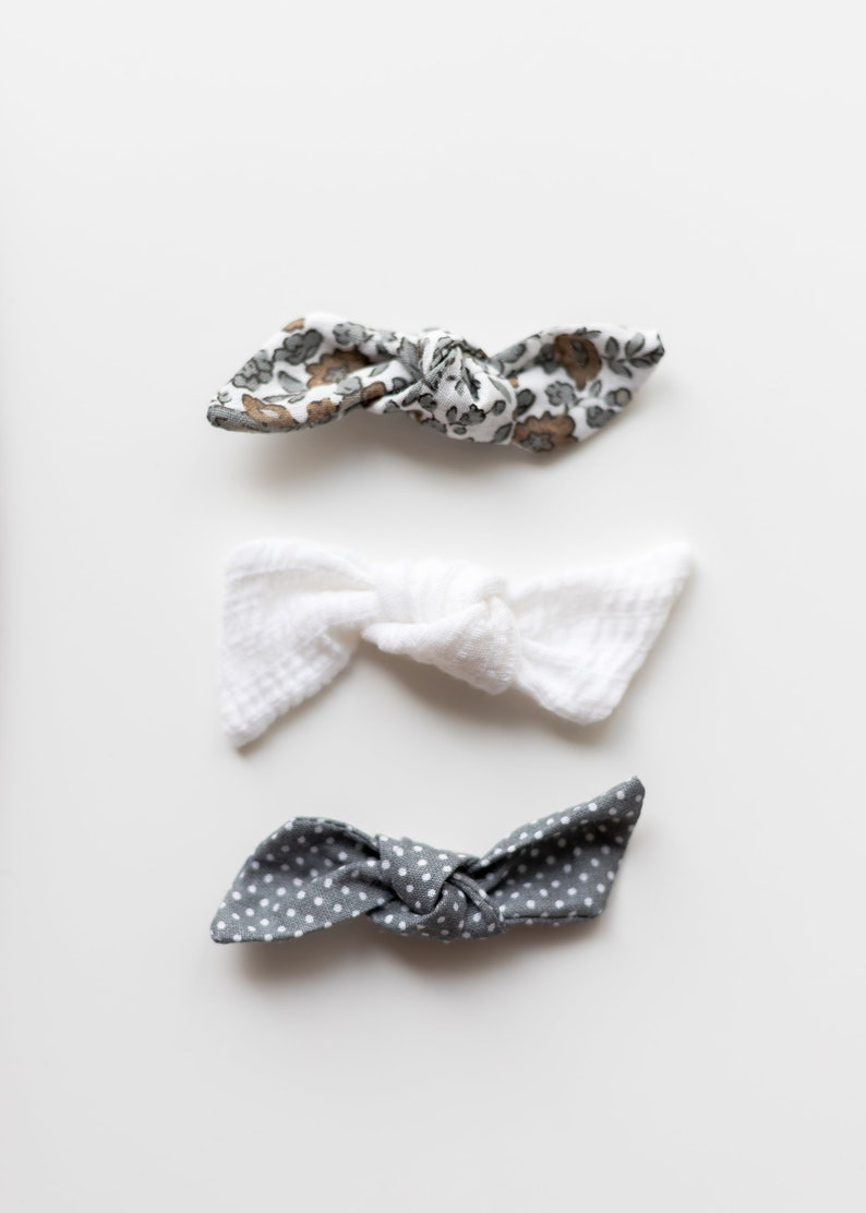 Baby Girl Hair Bow Toddler Headband Designs for the Modern Mom Newborn Headband Baby Girl Headband Baby Bows Baby Shower Gift