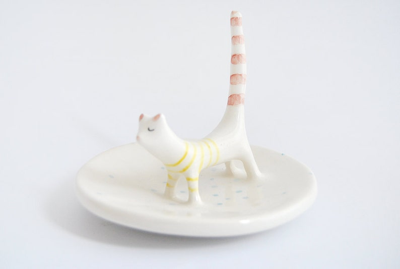 Ceramic Cat Ring Dish Perfect for  Wedding Favor or Gift. Cute image 0