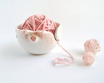 Ceramic Pink Pig Yarn Bowl, Knitting Bowl or Crochet Bowl, Decorated in Pink Shades. Ready to Ship