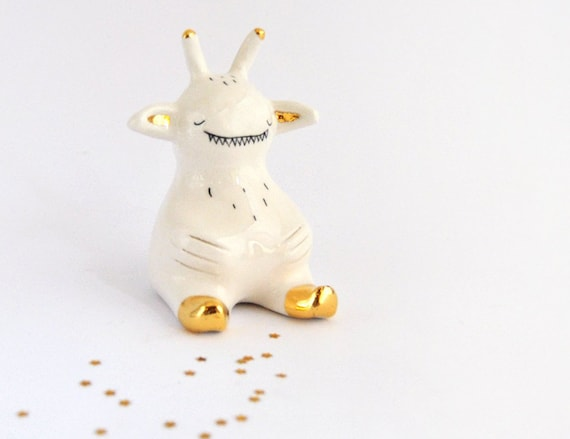 Parabolic Shape Ceramic Alien Figure in White Clay with Real Gold Details Ready to Ship