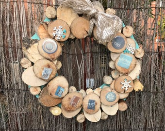 Christmas wreath wall hanging made from reclaimed wood