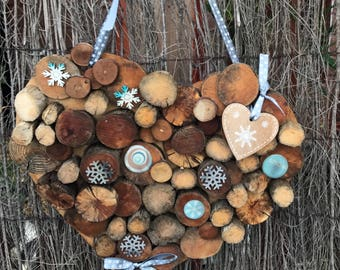 Shabby chic Christmas wall hanging, heart shaped gift reclaimed wood, driftwood. Winter Wedding gift; fifth anniversary;