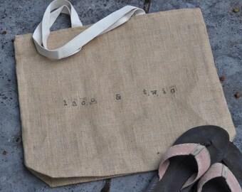 Bridesmaid tote personalized tote bridesmaid gift bridesmaid tote bag bridesmaid bag monogrammed tote bridesmaid gifts personalized bag