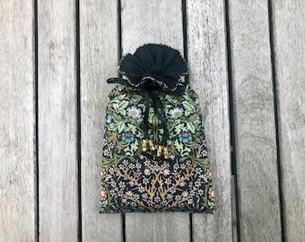 Blackthorn Tarot / Oracle / Keepsake Bag Lined with Black Dupion Silk