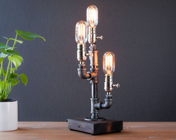 Urban Rustic Table lamp-Edison Steampunk Desk lamp-Rustic home decor-Gift for men-Farmhouse home decor-Desk accessories-Industrial lighting