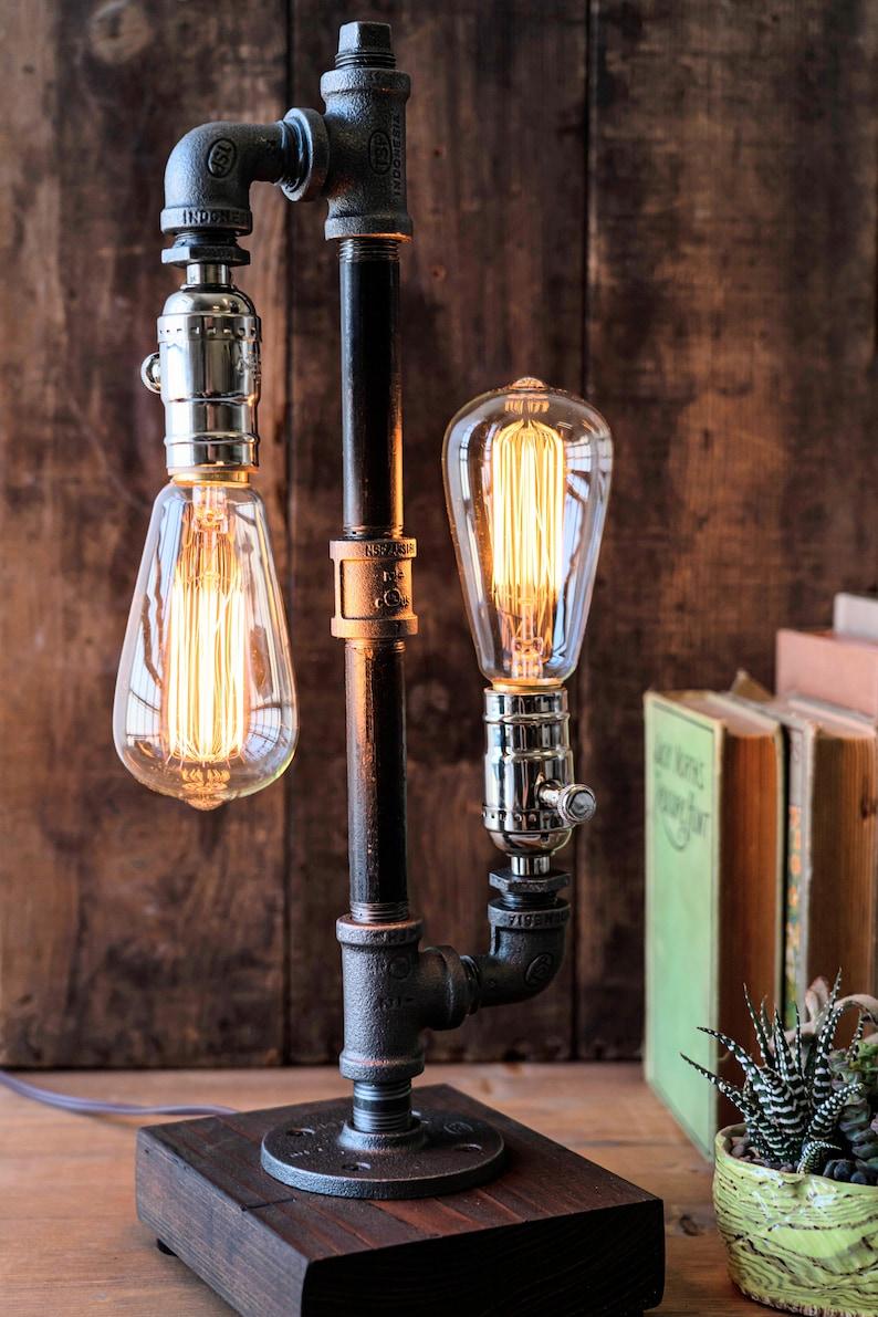 Table lamp-Desk lamp-Edison Steampunk lamp-Rustic home decor-Gift for men-Farmhouse decor-Home decor-Desk accessories-Industrial lighting