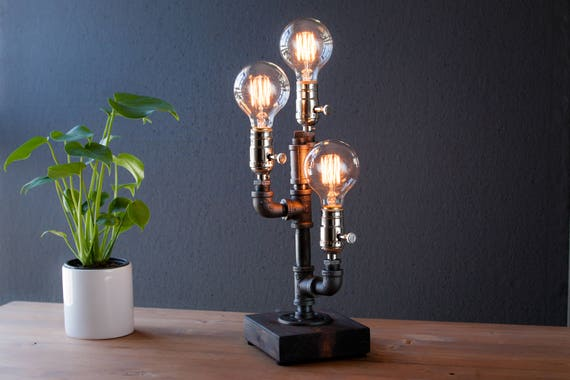 Edison lamp/Rustic decor/Table lamp/Industrial lamp/Steampunk light/housewarming gift/gift for men & women/bedside lamp/desk accessories