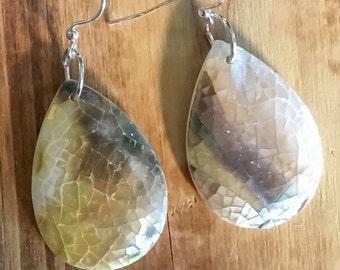Mother of Pear // Shell // Drop // Earrings
