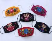 Flower embroidered artesanal face mask