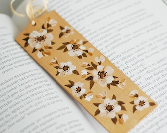 Hand-painted wooden bilateral bookmark - cherry blossoms