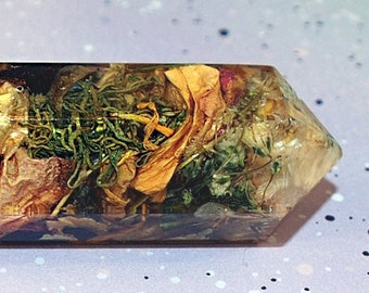FAULTY Mother Nature Crystal Point, Resin Crystal, Flowers Crystal, Faux Crystal, Vintage Loser Crystal Gift, Home Decor, Gifts for Her