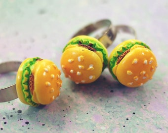 Cheeseburger Ring, Hamburger Ring, Burger Ring, Foodie Jewelry, Kitsch Ring, Pastel Goth Clothing, Gifts for Foodies, Statement Ring