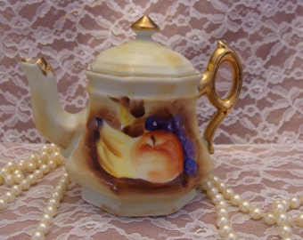 Enesco Cottage Chic Teapot from Japan