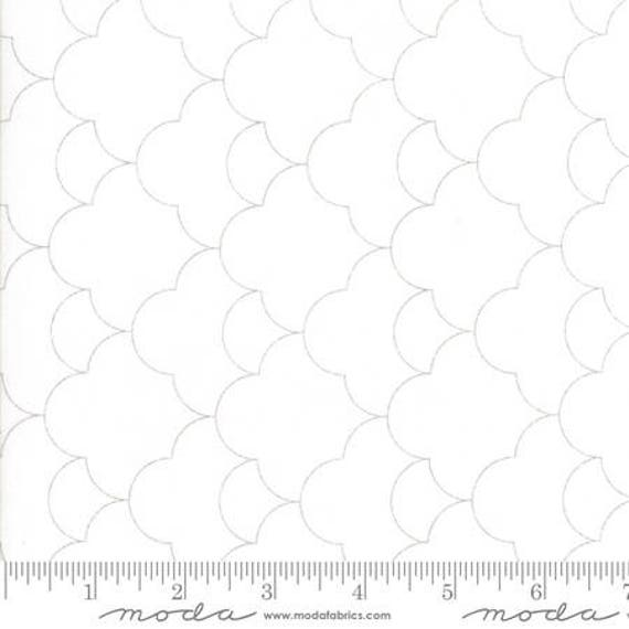 Moda Thrive Space in Off White Mist (1090321) by Natalia and Kathleen -- Fat Quarter